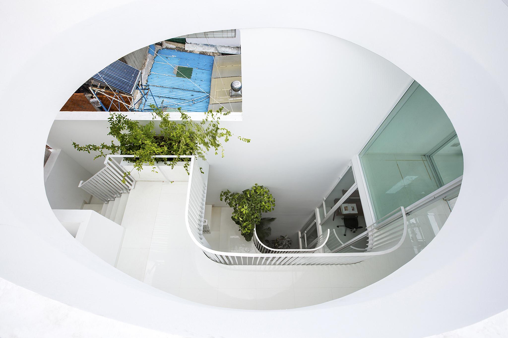 thiết kế nhà phố có giếng trời