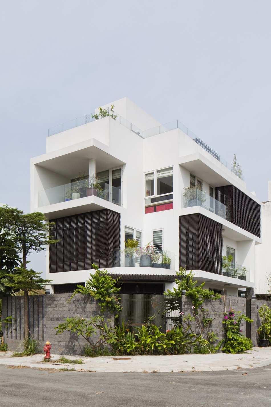 biêt thự hiện đại 3 tầng đẹp